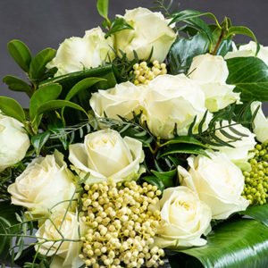 White_rose_bunch